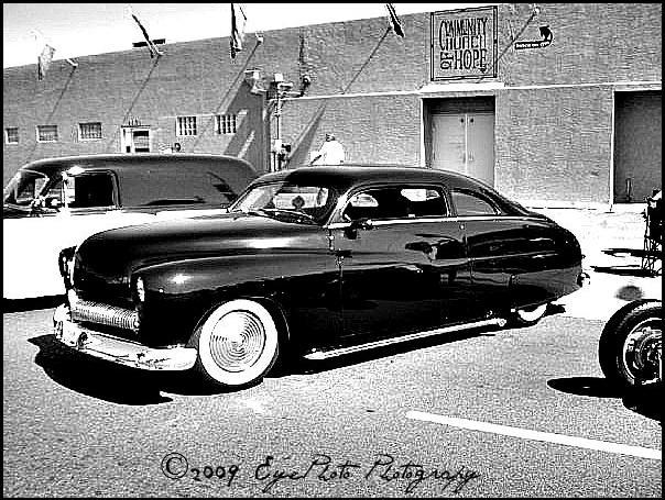 Phoenix, AZ. Jan 09, 2013 ©2009 EyePhoto Photography 7th Ave. / Melrose Street Fair