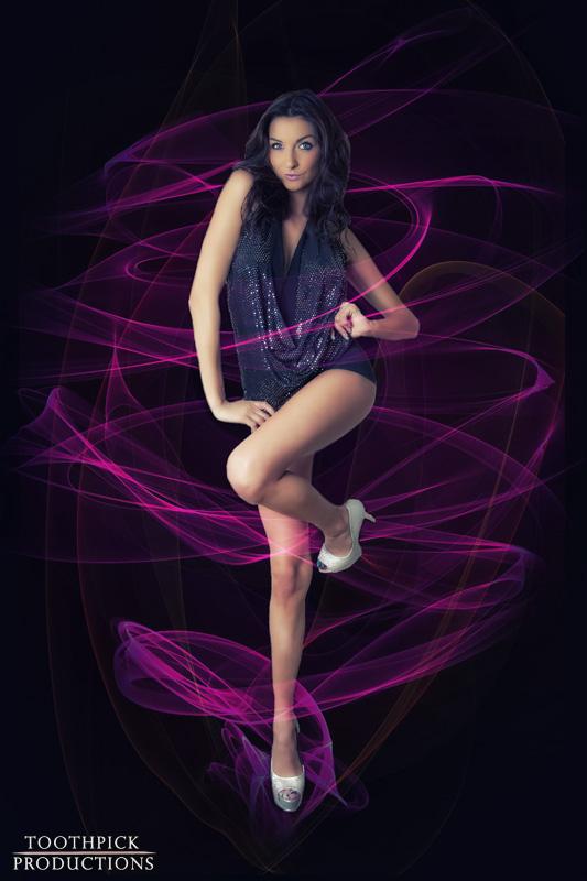https://photos.modelmayhem.com/photos/130110/23/50efba734e492.jpg