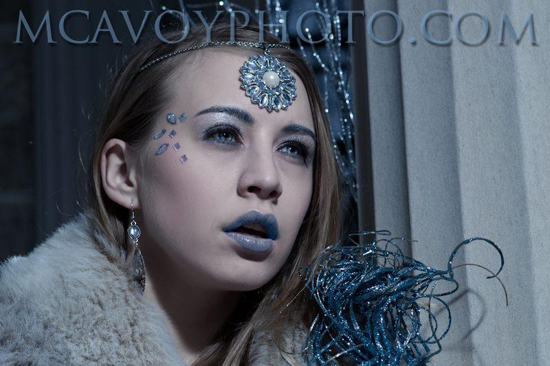 http://photos.modelmayhem.com/photos/130111/08/50f03b24df368.jpg