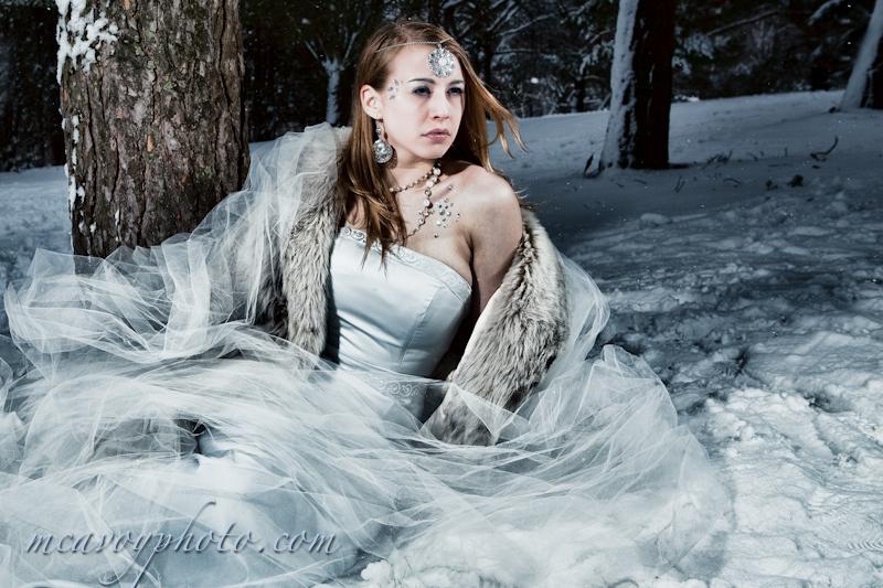 https://photos.modelmayhem.com/photos/130112/13/50f1d7e99e99d.jpg