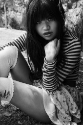http://photos.modelmayhem.com/photos/130113/05/50f2bb02393ad_m.jpg