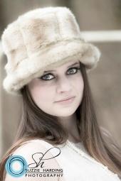 http://photos.modelmayhem.com/photos/130113/22/50f3a403528ea_m.jpg