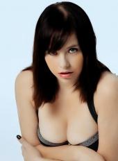 http://photos.modelmayhem.com/photos/130114/12/50f46815e258a_m.jpg