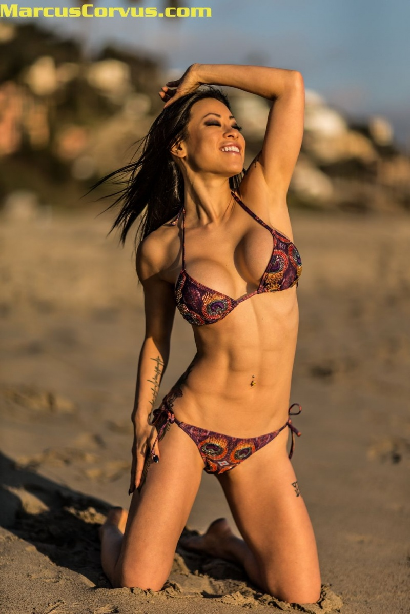 Female model photo shoot of Larissa Koenig