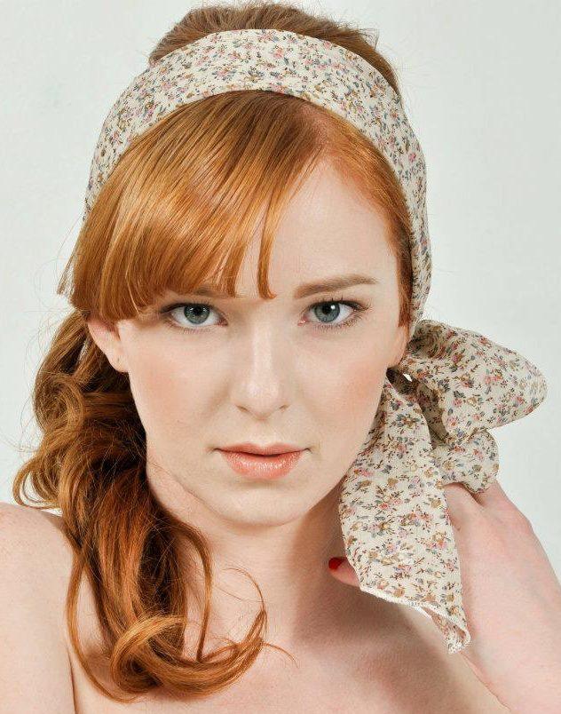 Female model photo shoot of Georgia Holt