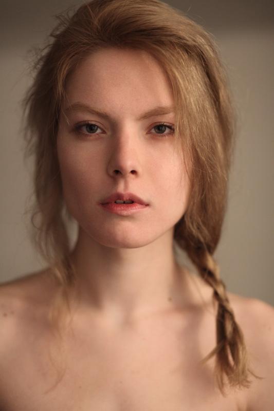 Male model photo shoot of Piotr Debski