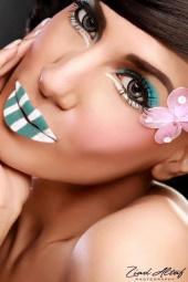 https://photos.modelmayhem.com/photos/130121/04/50fd312d3b8e8_m.jpg