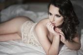 https://photos.modelmayhem.com/photos/130121/09/50fd7fb03a981_m.jpg