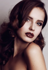 http://photos.modelmayhem.com/photos/130121/10/50fd892693368_m.jpg