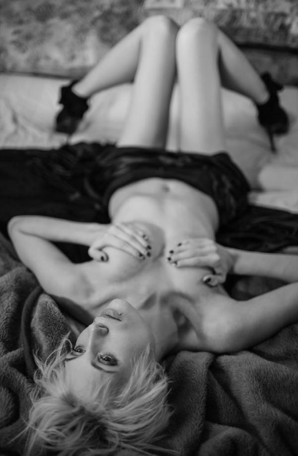 Female model photo shoot of Rae3 in London, Ontario
