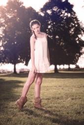 http://photos.modelmayhem.com/photos/130121/21/50fe246e303f3_m.jpg
