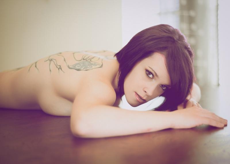 https://photos.modelmayhem.com/photos/130122/14/50ff129067824.jpg