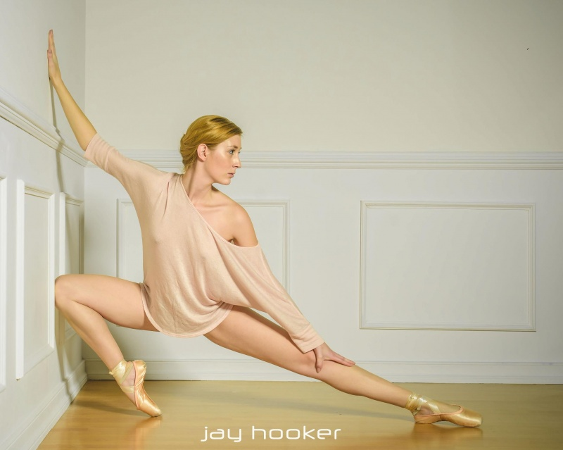 Female model photo shoot of Laura M Fickett by Jay Hooker Images