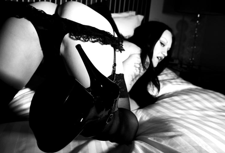 Female model photo shoot of Lucretia Levana
