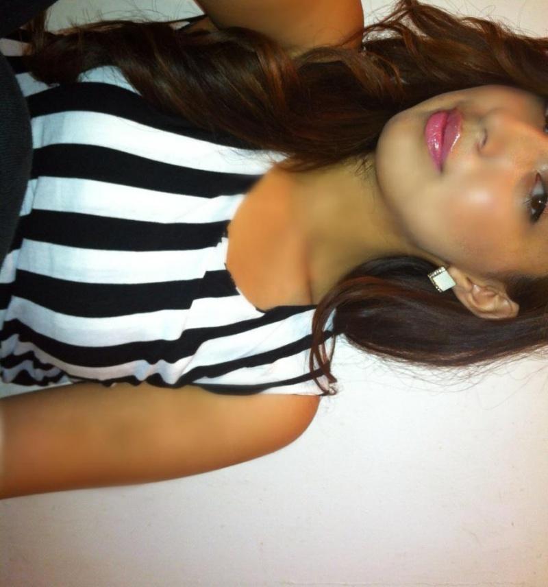 Female model photo shoot of Ruth G Rodriguez