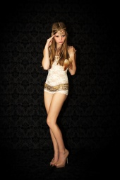 http://photos.modelmayhem.com/photos/130129/10/51081982e6ac7_m.jpg