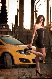 http://photos.modelmayhem.com/photos/130130/09/51095bec9f28c_m.jpg