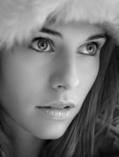 https://photos.modelmayhem.com/photos/130131/14/510aef71597c1_m.jpg