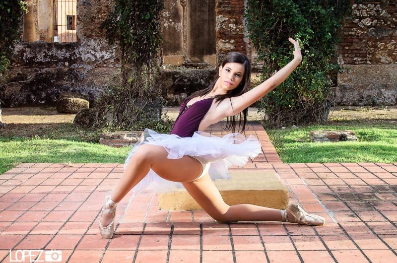 Feb 02, 2013 dancer