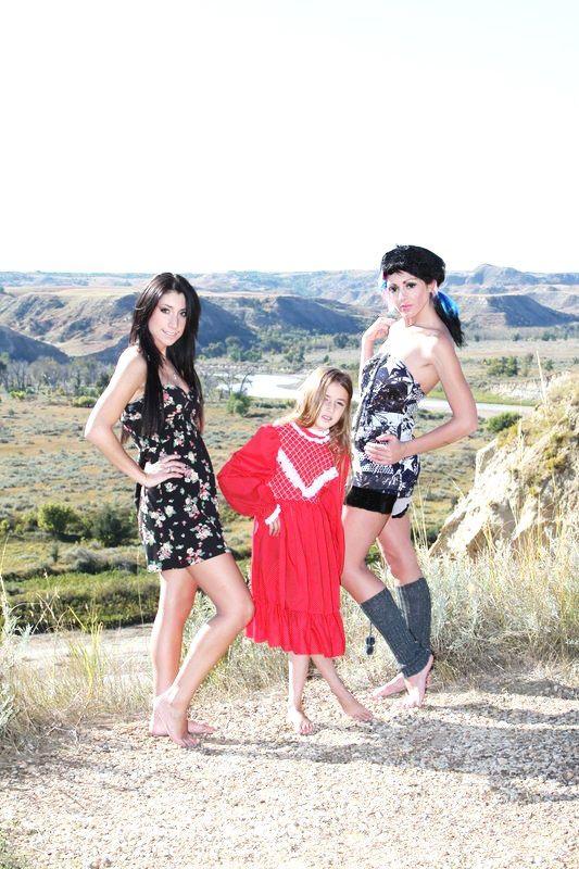 Feb 04, 2013 Dress Designer: KS Glamor (Canada)