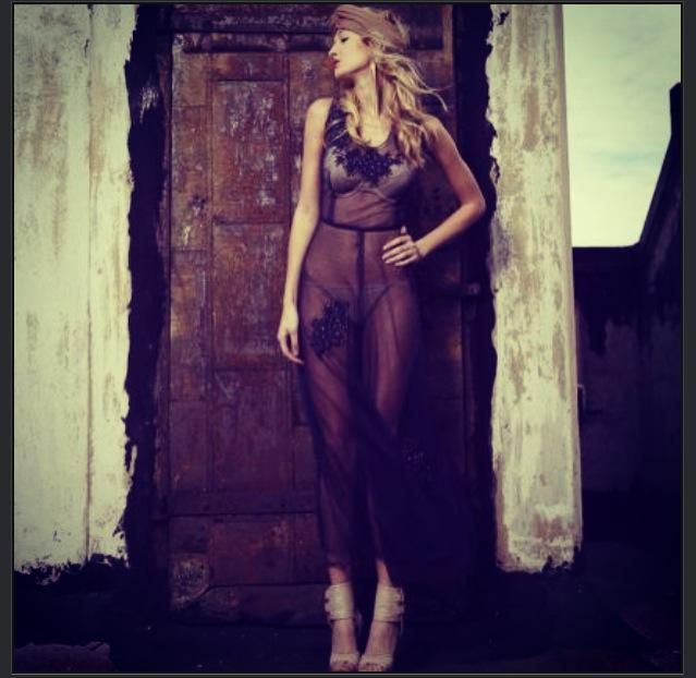 Female model photo shoot of Shana K2
