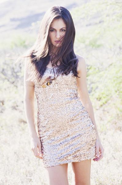 Female model photo shoot of Lisa Chaly