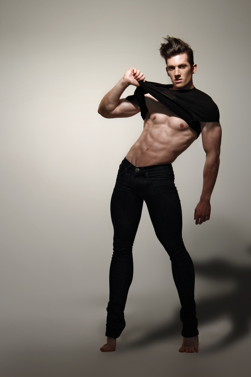 Picture About Male Model Joseph B Simons 25 years old from Sydney, New South Wales, Australia
