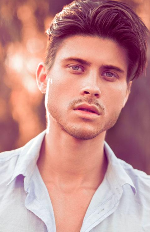 Male model photo shoot of Raphi kammer