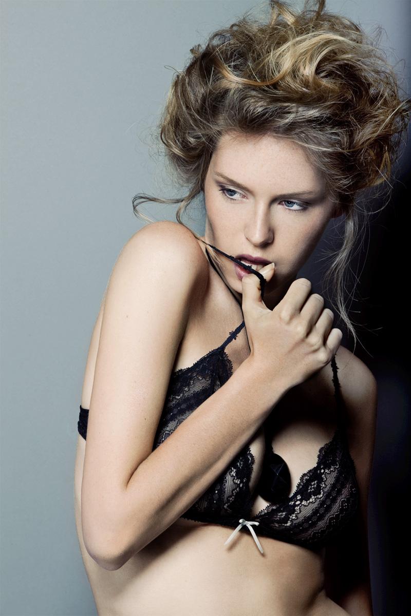 http://photos.modelmayhem.com/photos/130210/12/5118042db97ae.jpg