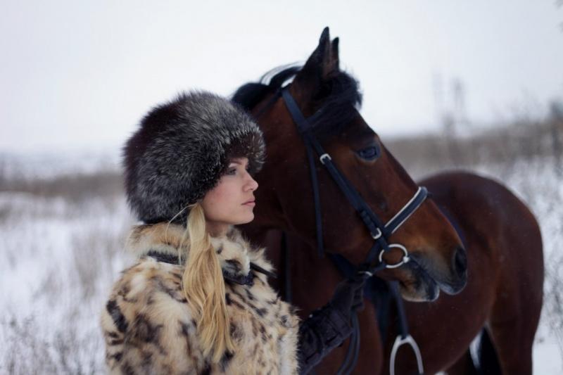 Moscow Feb 11, 2013 Veronika Romanovskaya Winter Hunter