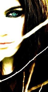 http://photos.modelmayhem.com/photos/130213/11/511be66479a8a.jpg