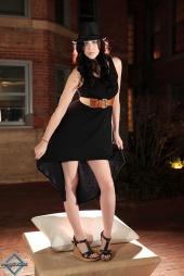 http://photos.modelmayhem.com/photos/130213/14/511c15ead33af_m.jpg