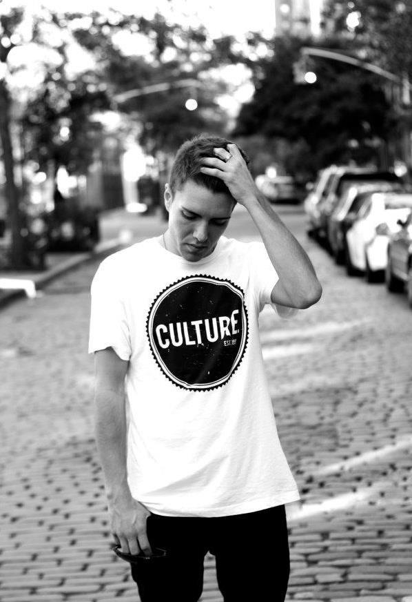 Male model photo shoot of Nick Condos