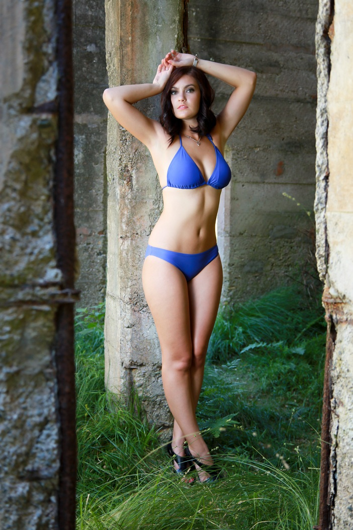 Female model photo shoot of Chane Berghorst