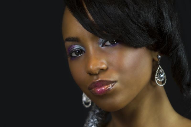 Female model photo shoot of Danie Pearl