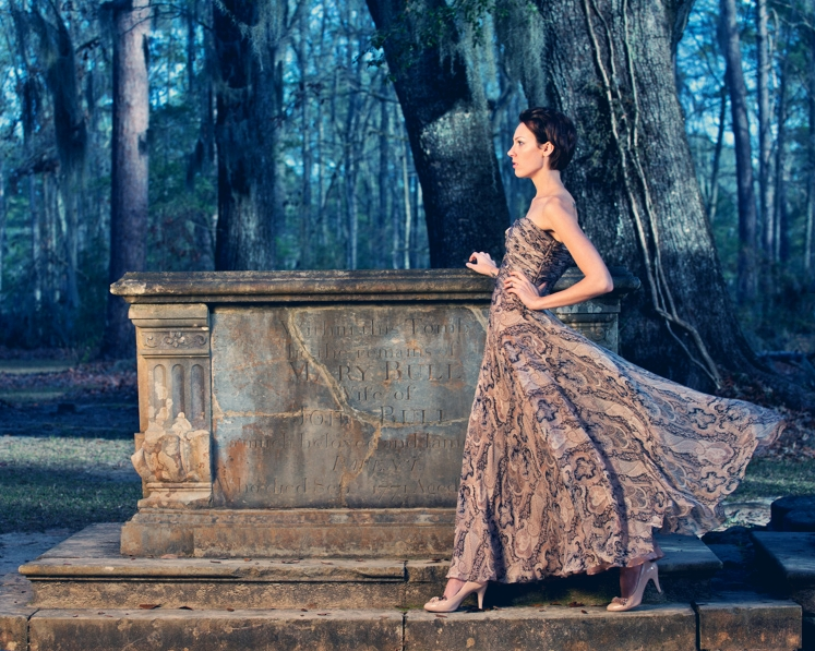 http://photos.modelmayhem.com/photos/130221/20/5126ed4311af9.jpg