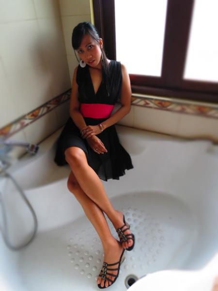 Female model photo shoot of mokka