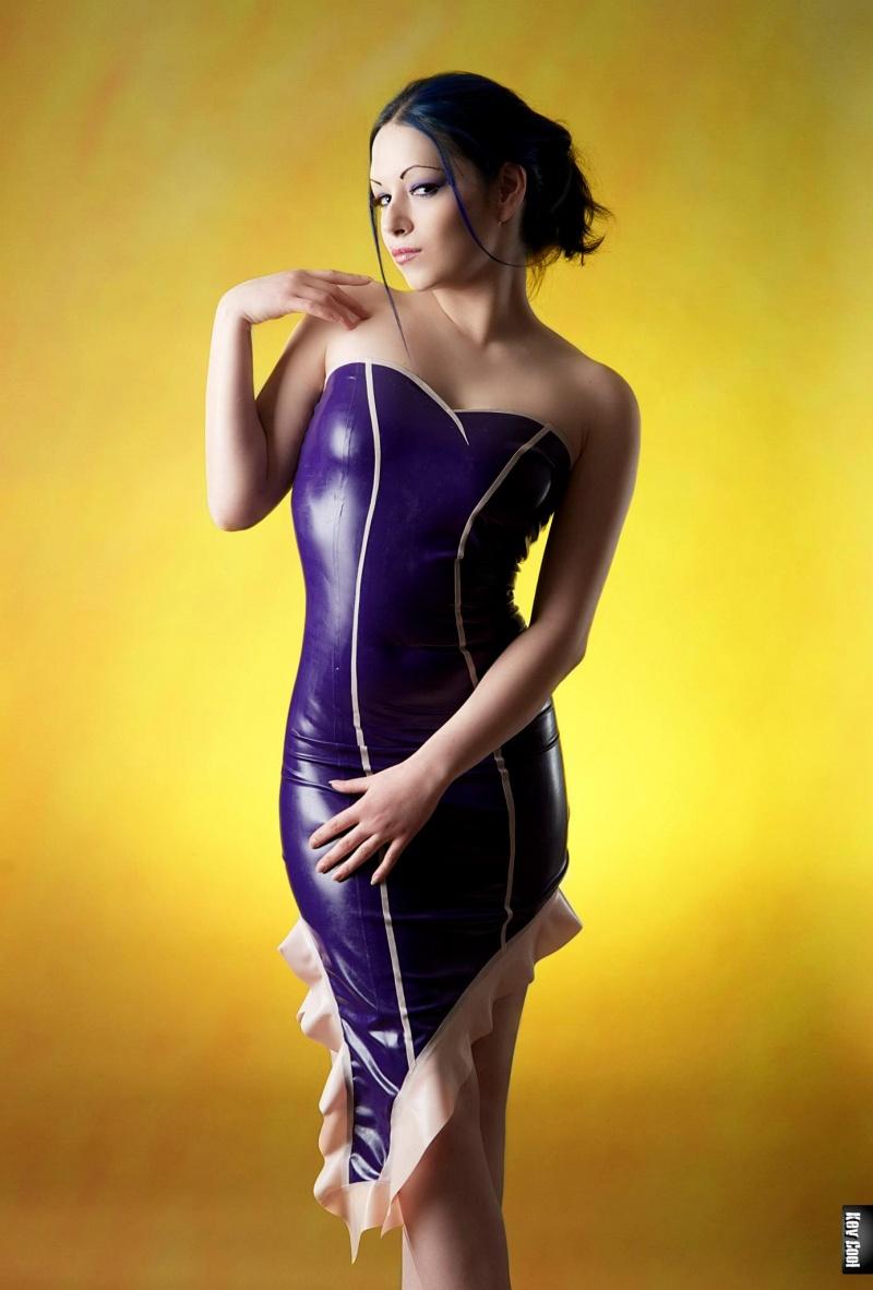 Female model photo shoot of Blu Jess