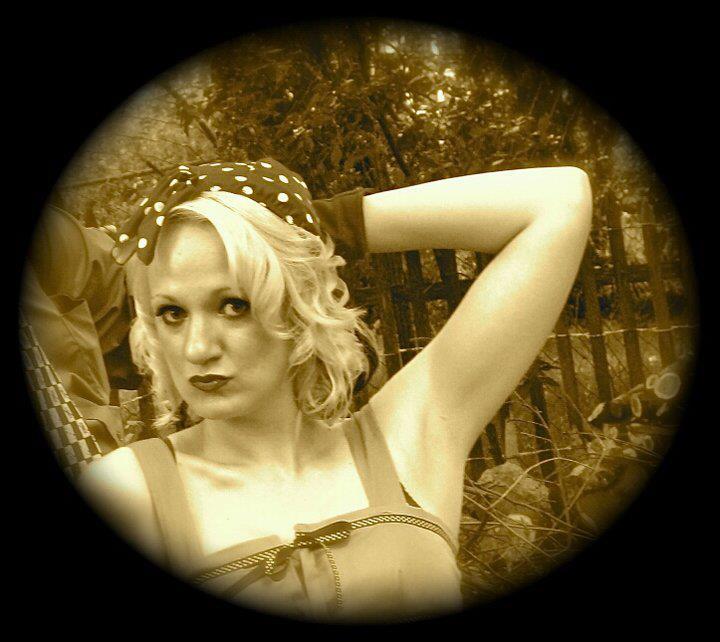 Female model photo shoot of Kandi Karisma