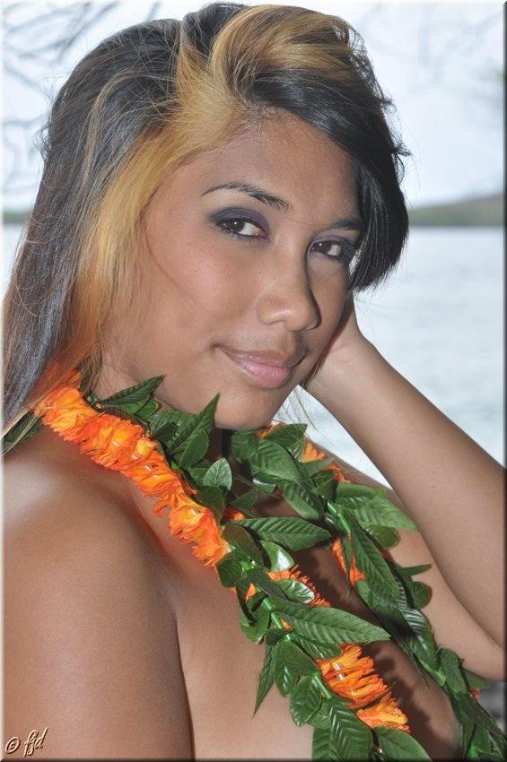 Napoopoo, Hawaii Mar 04, 2013 Frank J Dickinson Photography Sweet Hawaiian Girl