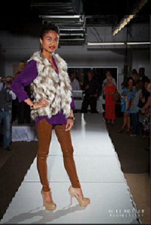 Female model photo shoot of Divine Style DC in Fall Fashion Show Fine Arts Gallery