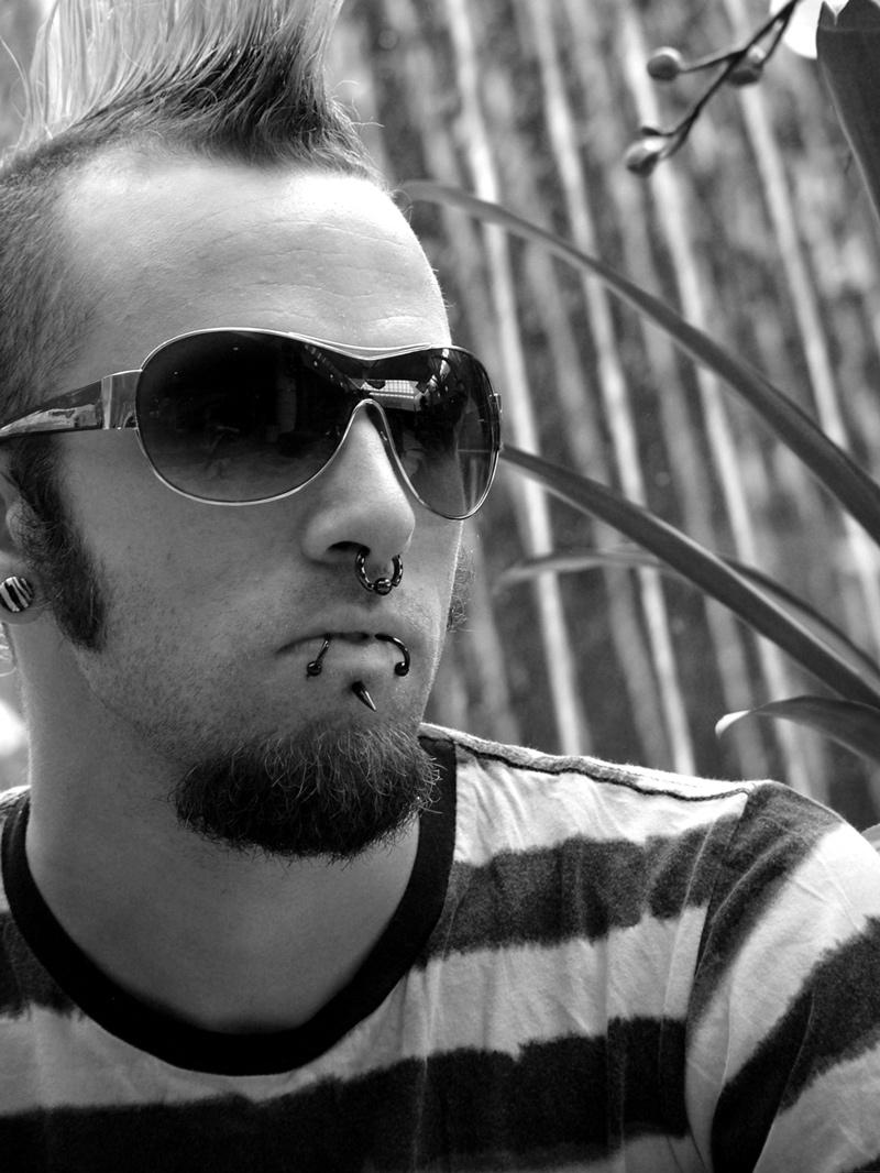 Male model photo shoot of Jared Braverman