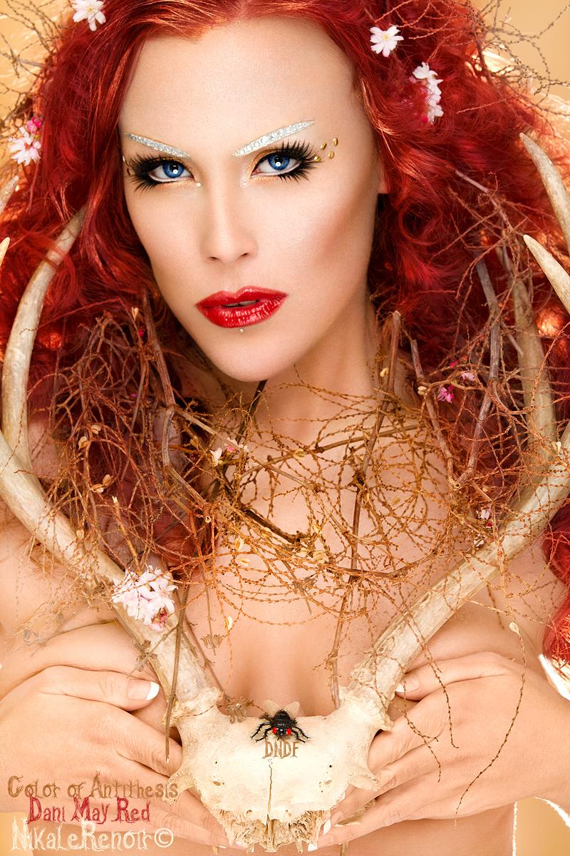 http://photos.modelmayhem.com/photos/130305/22/5136e6eca5c45.jpg