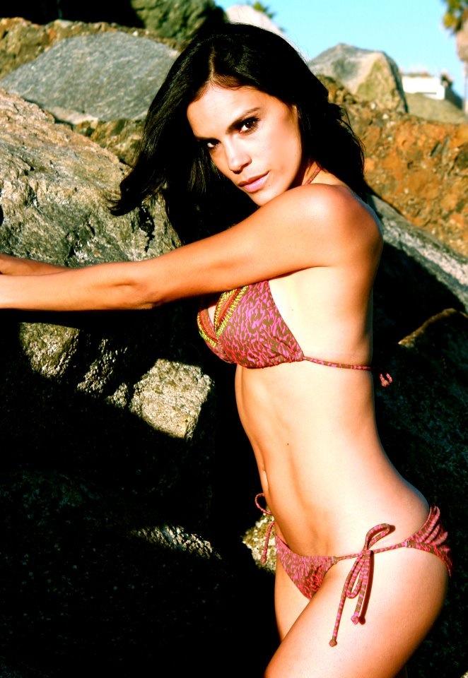 Female model photo shoot of lizetmarie in Venice Beach, CA
