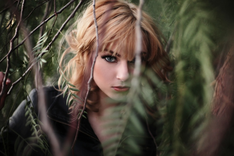 https://photos.modelmayhem.com/photos/130311/15/513e5be3dc7d1.jpg
