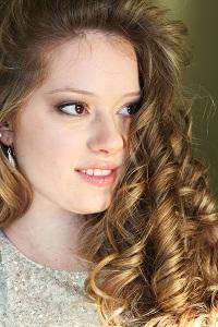 Female model photo shoot of Danielle Bessette