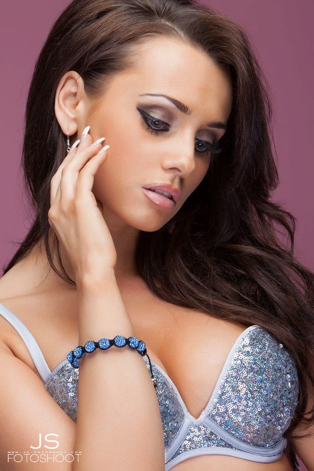Female model photo shoot of Katarina B in Germany
