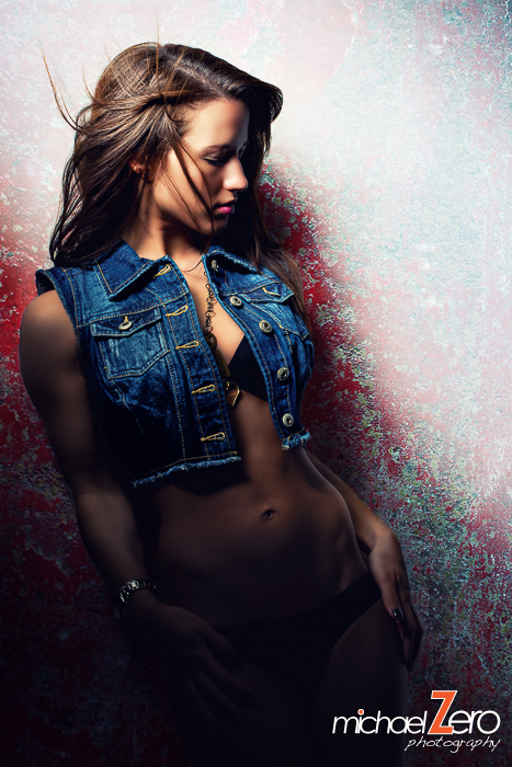 http://photos.modelmayhem.com/photos/130314/20/514293c034855.jpg