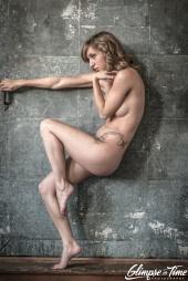 https://photos.modelmayhem.com/photos/130316/21/51454d6815598_m.jpg