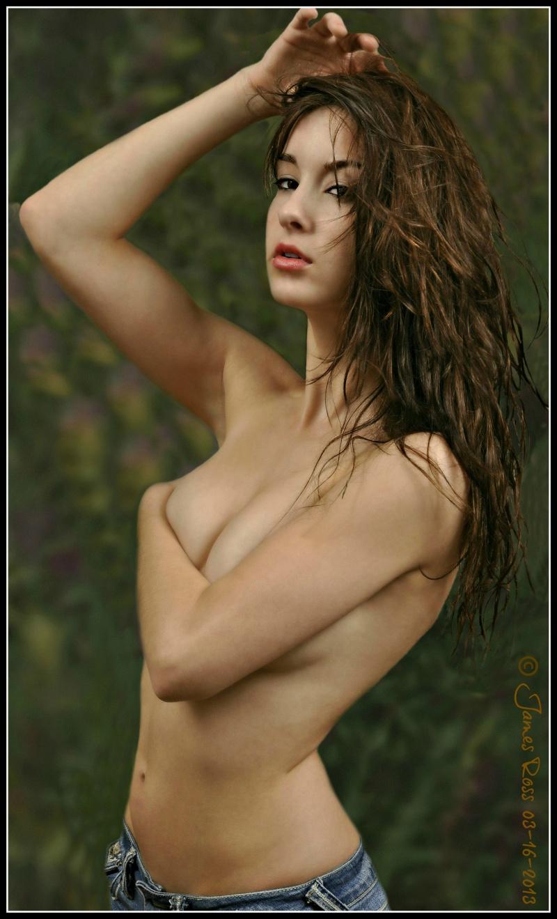 http://photos.modelmayhem.com/photos/130317/19/51467e3a5d98c.jpg